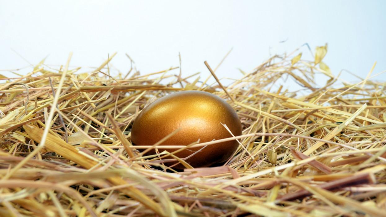 Újra lecsaphat Európára a tojásvész? Húsvéttól horror árakra kell készülni