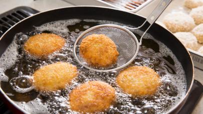 Óriási hibát követ el sok háziasszonyok sütés-főzés közben: ebből nagy baj lehet