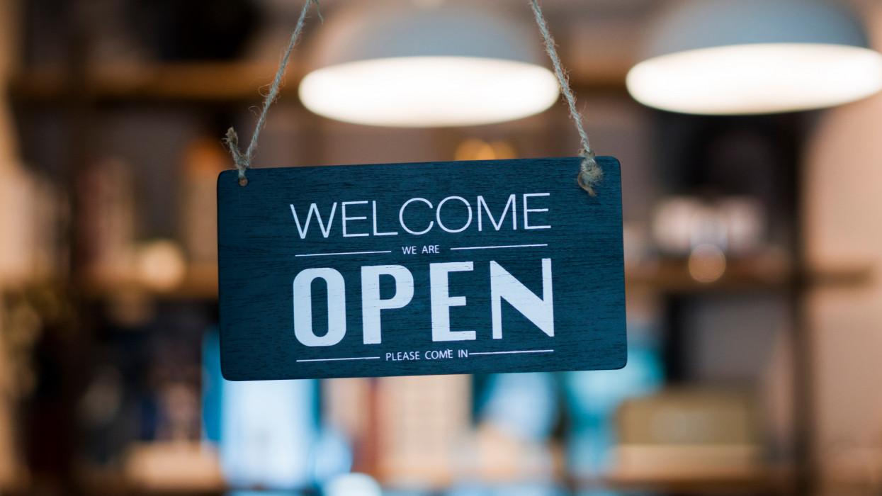 Itt a magyar nyitás-kalauz: a legtöbb bolt vette az akadályt, és már fogad vásárlókat