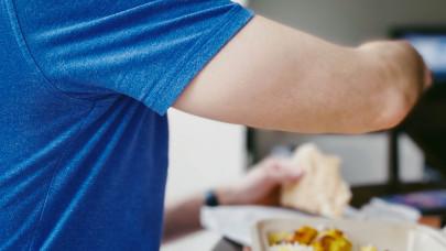 Itt a menzák nagy titka: így készül a tökéletes bácskai rizses hús