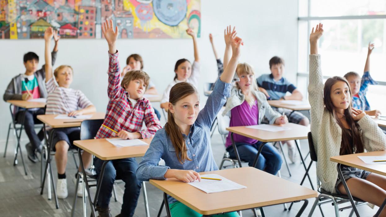 Pedagógusok: Nem szabad, veszélyes kinyitni az iskolákat