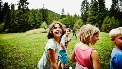 Meghúzták a vészcsengőt a gyerektáborok: nagy baj lehet a kivárásból