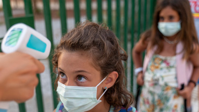 Óriási az iskolanyitási-para: a magyar szülők így döntenének