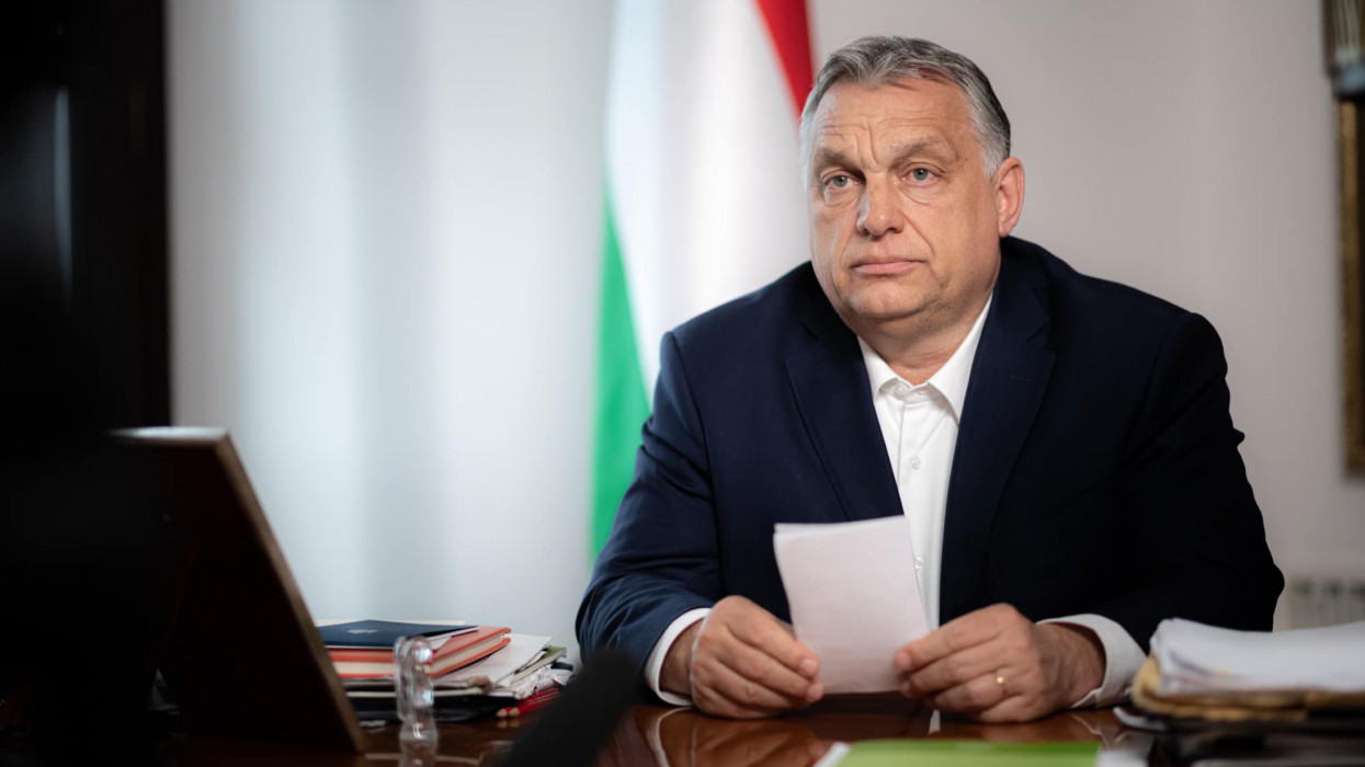 Orbán Viktor: 3,5 millió beoltottnál nyitnak a teraszok, hétfőn csak az óvoda, alsó tagozat nyit