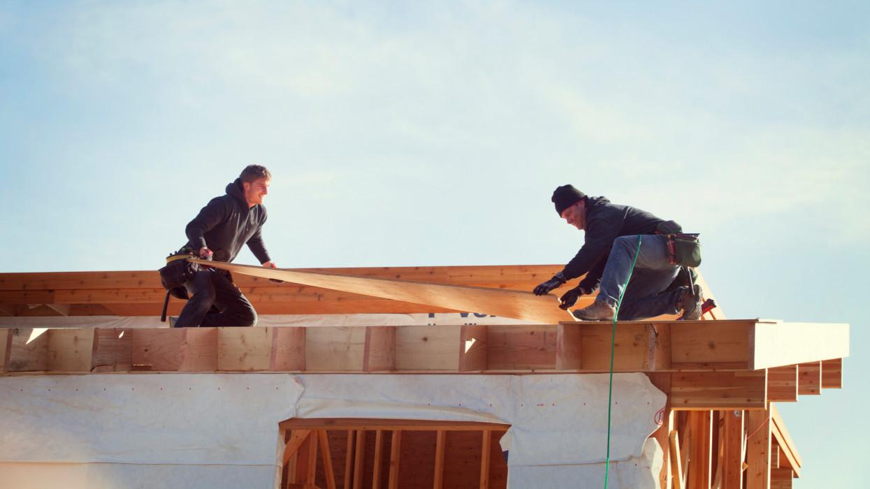 Behúzta a féket a magyar építőipar: nagy visszaesést hozott a február