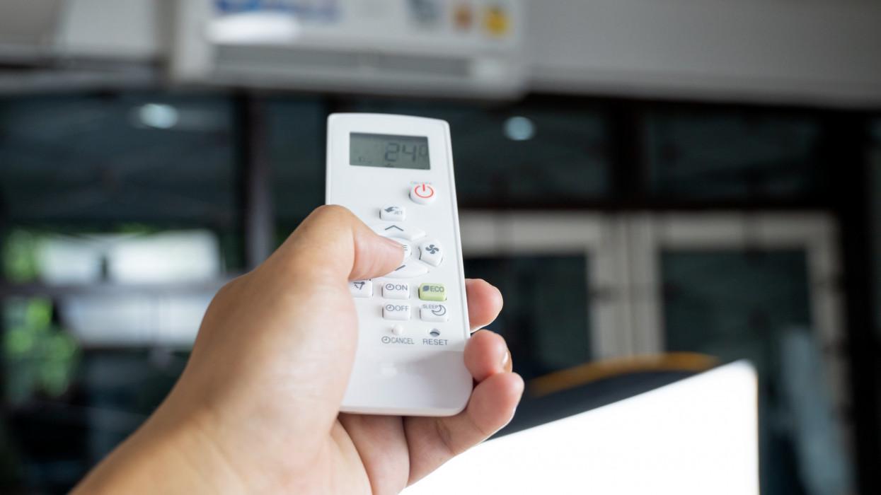 Döbbenetes, mennyi energiát használunk el lakások, irodák hűtésére
