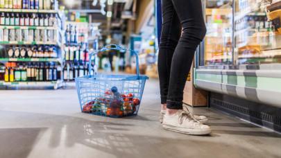 Most szabadultak el igazán az élelmiszerárak: ennyi pénzt húz ki a családok zsebéből a járvány