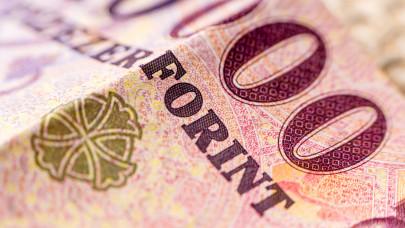 Novák Katalin bejelentette: jövőre duplájára nő ennek az ellátásnak az összege