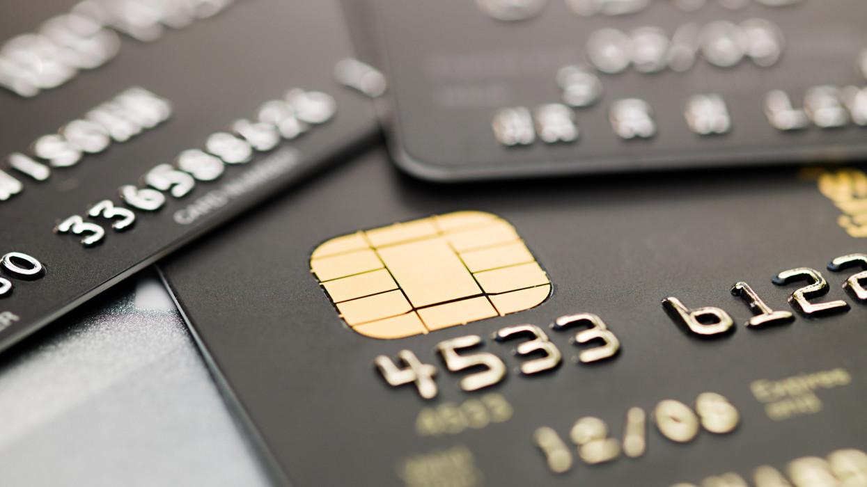 Egyre több a bankkártyás csalás Magyarországon: ezek a bűnözők módszerei