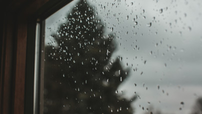 Délutánra már felejtsd el a kültéri programot: esős, viharos napok kezdődnek