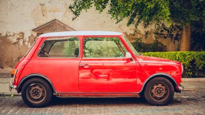 Nagyon kapósak lettek a használt kocsik: ismét az élre tört a kis Suzuki
