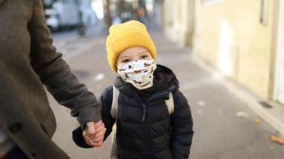 Ennyire rettentek meg a magyar szülők az óvoda-, iskolanyitástól: itt az első nap mérlege