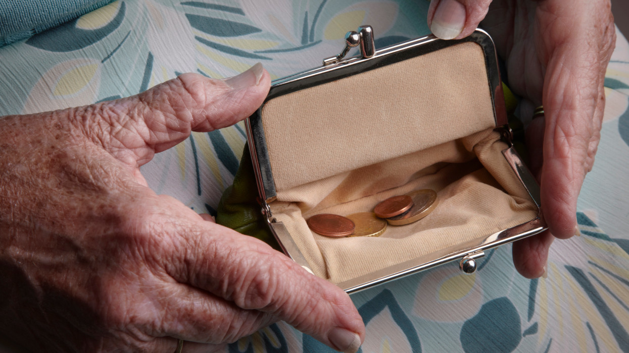 Pension planning to avoid poverty in retirement