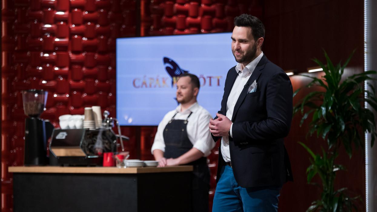Vecsei Károly vállalkozó, a Cápák között című üzleti showműsor felvételén Fotó: RTL Magyarország