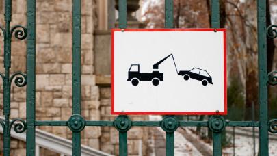 Meddig lesz még ingyenes a parkolás? Itt a hivatalos válasz