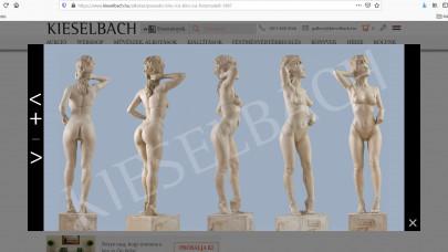 Atyaég! Ennyiért árulja a Kieselbach Galéria Bíró Ica életnagyságú szobrát