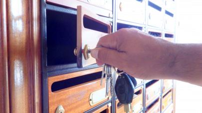 Fontos levelet küld 225 ezer magyarnak a NAV: ezért kell most figyelni a postaládát