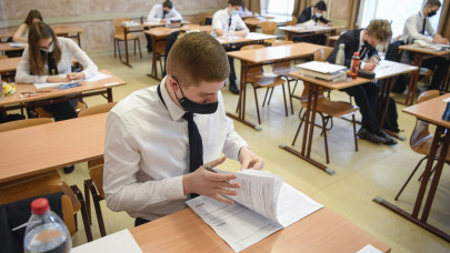 Kossuth, Jókai és több nyelvtani kérdés: itt vannak az érettségi feladatai