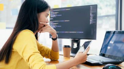 Online pénzkeresés befektetés nélkül: így történik a pénzkeresés online, miközben jól szórakozol!