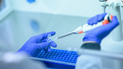 Itt a napi koronavírus-adat: 1680 új fertőzött, 124-en elhunytak