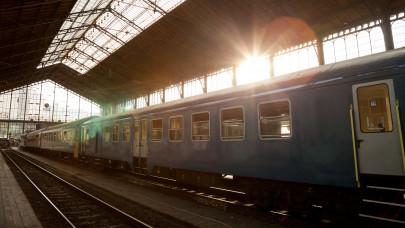 Így utazhatsz akár 40 százalékkal olcsóbban a vasúton: ilyen még nem volt!