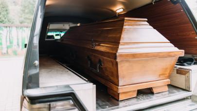 Jócskán megdrágulhat a temetés Magyarországon: több munkát, nagyobb költségeket hozott a járvány