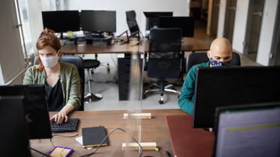 Most lebuktak a magyar dolgozók: ezeket az oldalakat látogatják munka közben