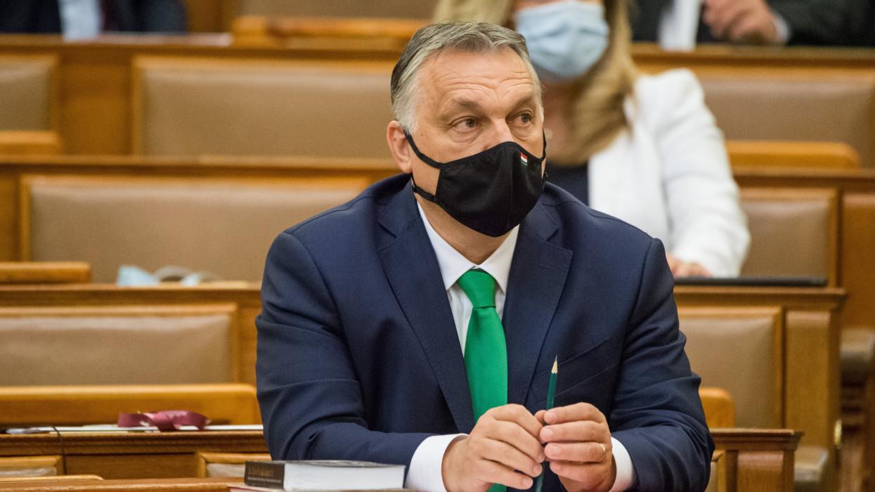 Budapest, 2021. április 27.Orbán Viktor miniszterelnök az Országgyûlés plenáris ülésén 2021. április 27-én.MTI/Balogh Zoltán