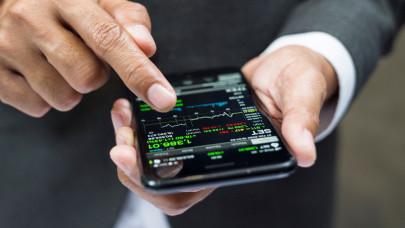 45 ezer pont fölé kapaszkodott a BUX index: az emelkedést az OTP és a Mol vezette