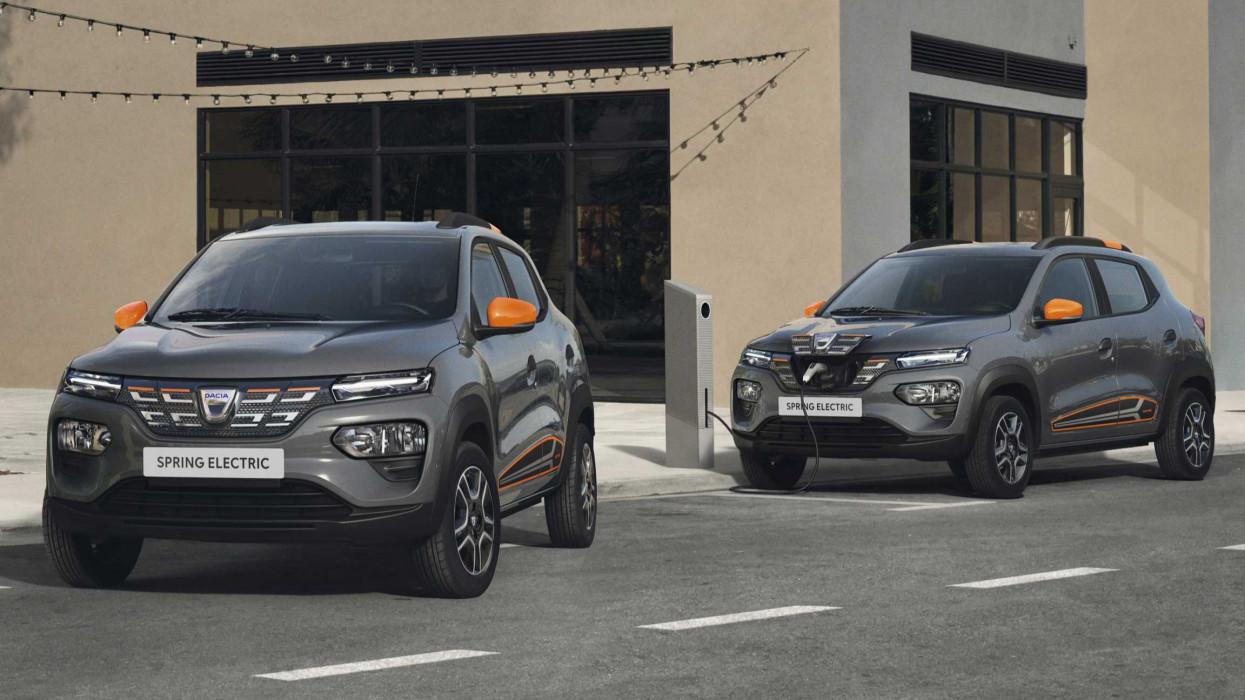 Hivatalos: újraindul az e-autó támogatás Magyarországon, ennyibe kerül vele a villany-Dacia