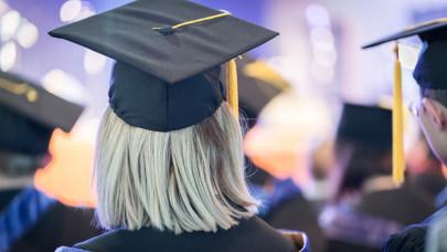 Hivatalos: 2021-ben is igényelhető az 500 ezer forintos szabad felhasználású Diákhitel Plusz