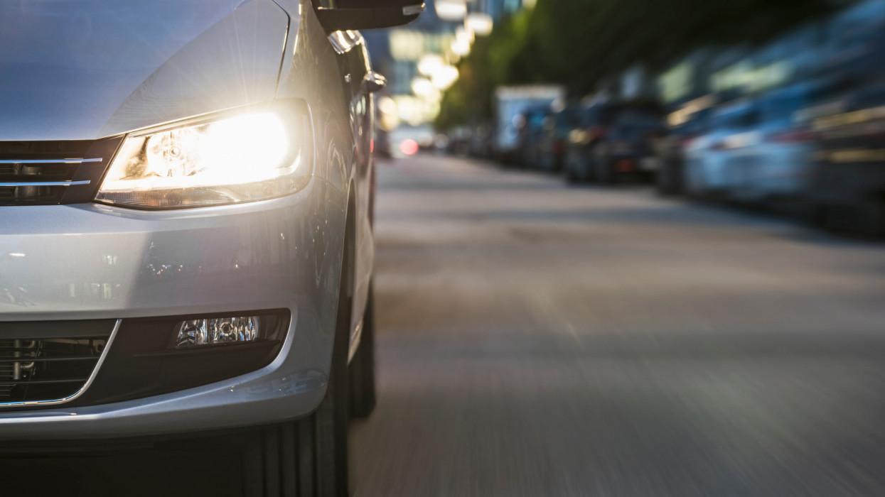 Hiába akad a rendszer, a határidő marad: már érkeznek a bírságok az autósoknak
