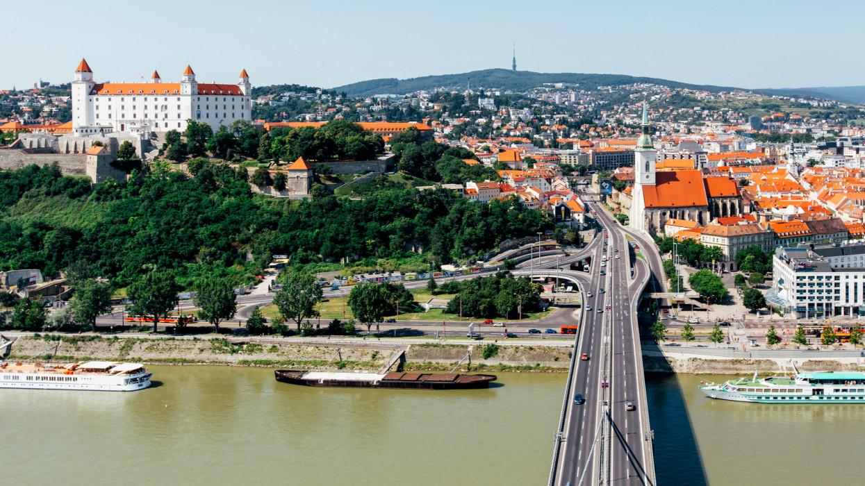 Újabb ország fogadhatja el a magyar védettségi igazolást: már ide is gond nélkül utazhatunk?