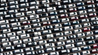 Csak lassan tér magához az autópiac: az egész régió megbicsaklott