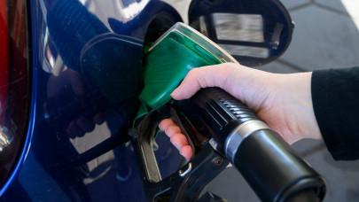 Rossz hír a magyar autósoknak: jövő héten megint drágul az üzemanyag