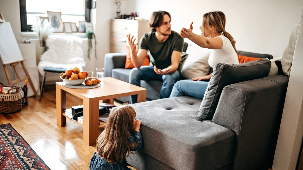 Parents have relationship issues, arguing and fighting, wreak ones anger on kid