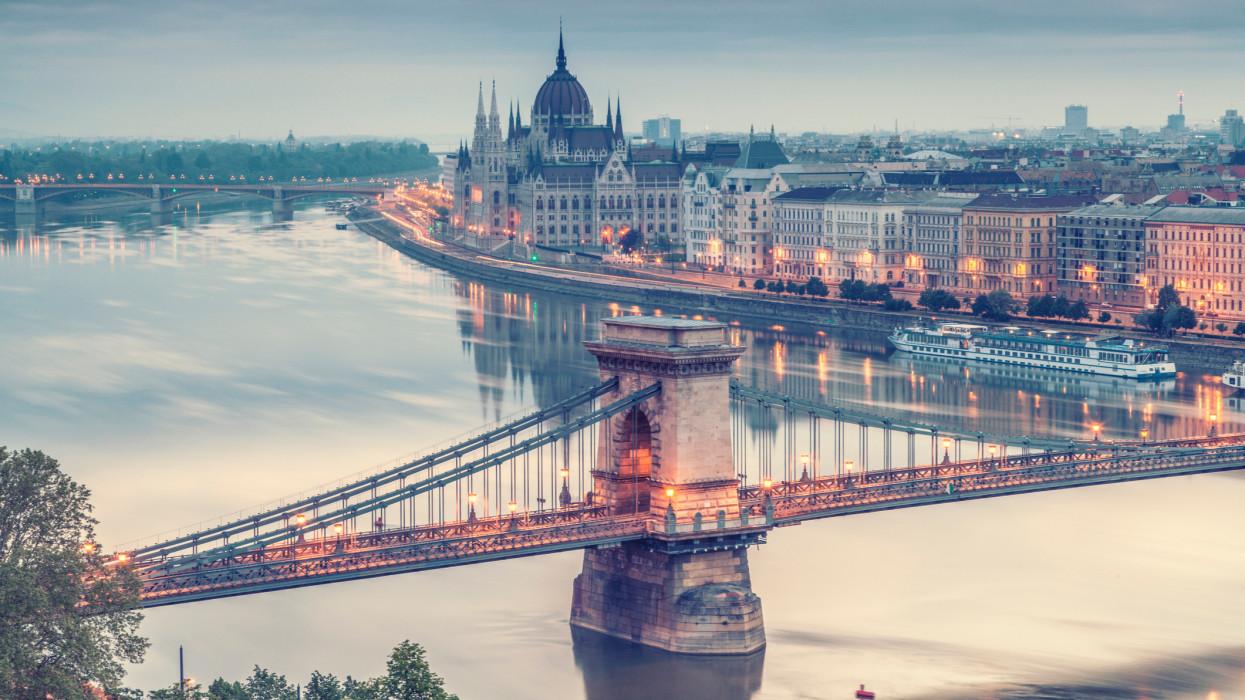 Megszületett a bérmegállapodás Budapesten: ennek most sokan nem fognak örülni