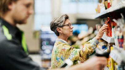Ennyit drágult egy év alatt a nyugdíjasok élete: nehéz dolguk lesz a nagybevásárlással