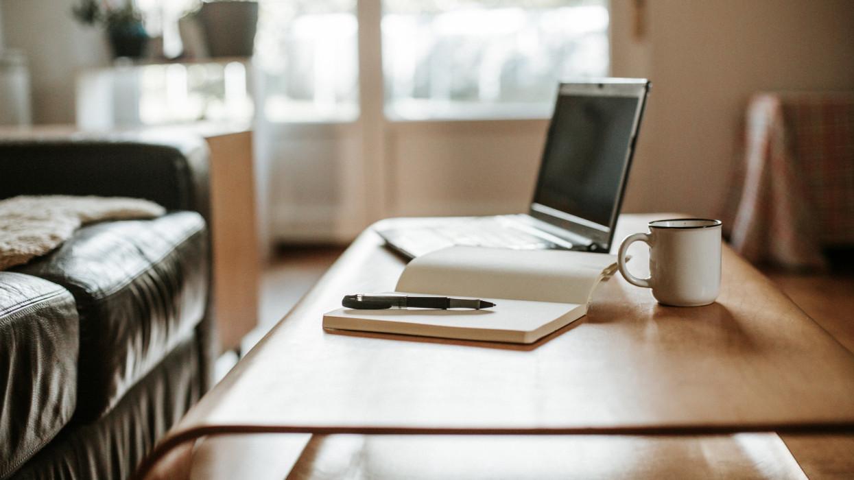 Új világ kezdődik a vidéki munkahelyeken: mi lesz a kényelmes home office sorsa?