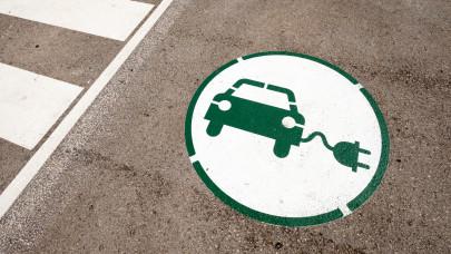 Bréking! Ismét lehet pályázni elektromos autók állami támogatására