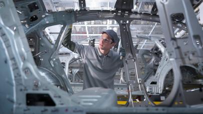 Alkatrészhiány miatt leáll a győri Audi-gyár: nem tudják, mikor indul újra a termelés