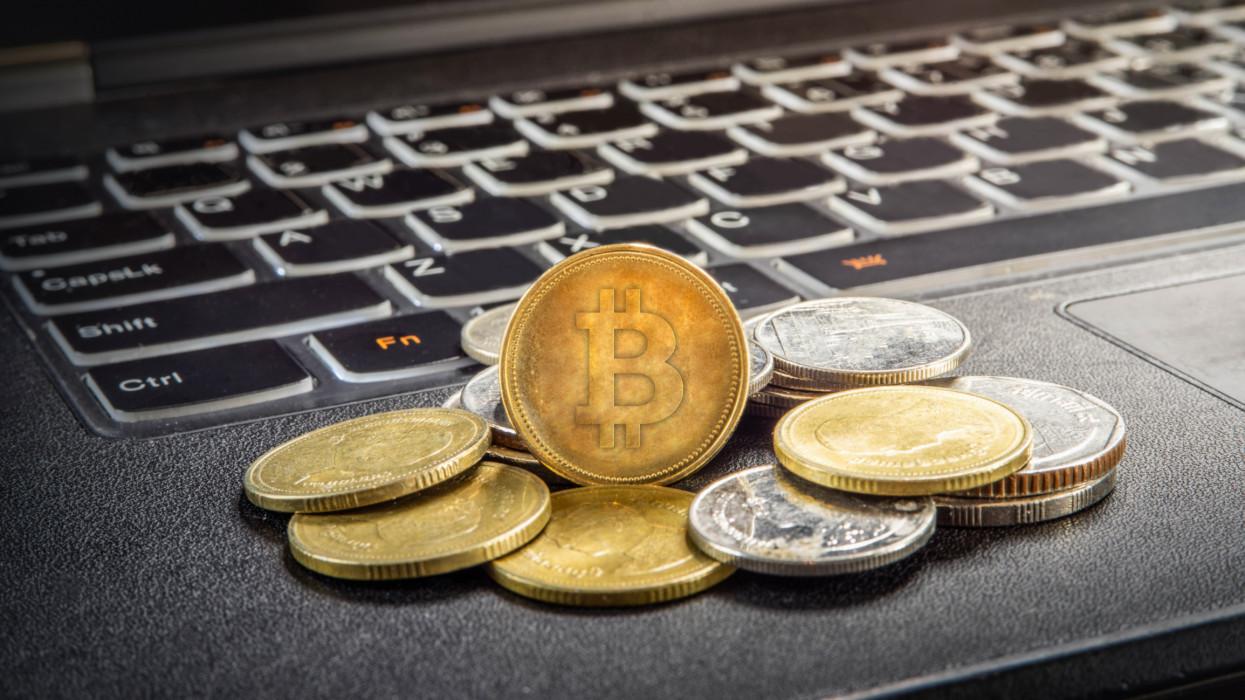 Érdemes figyelni: új adószabályok élesednek a kriptovalutáknál