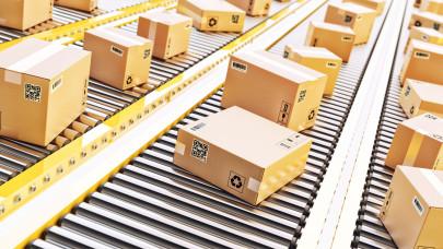 Fontos változás a postán: júliustól a filléres rendelésekre is csúnyán ráfizethetünk