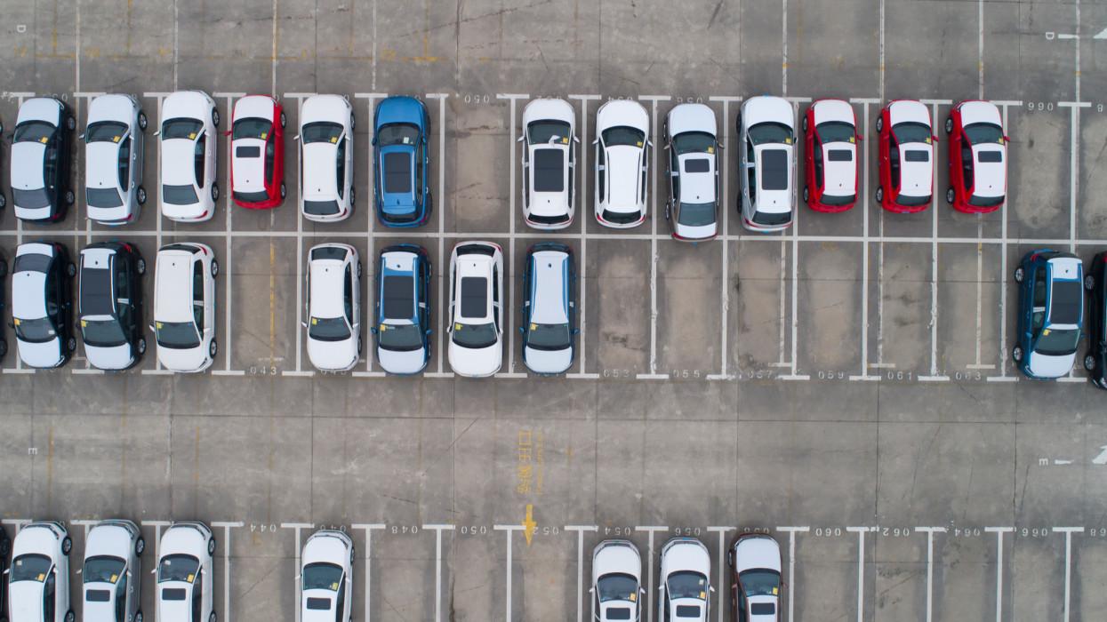 Nagyon kapósak lettek a használt kocsik: ez a kis Suzuki vezeti a listát
