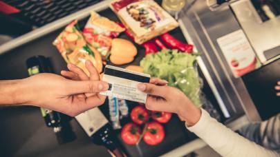 Ekkora bajban vannak a magyar családok? Már az élelmiszert is hitelre veszik!