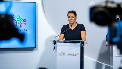 A járványügyi korlátozások jelentős részét feloldják Magyarországon