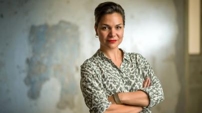 900 ezer magyar nő állása van veszélyben: nem várt helyről jöhet az utolsó mentőöv