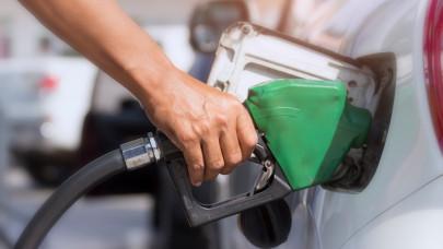 Újabb sokkoló drágulás a magyar kutakon: ennyibe kerül egy liter benzin, gázolaj péntektől