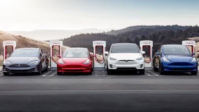 Less be a sanghaji Tesla-gyárba: hihetetlen, hogy ellenőrzik a készülő autók minőségét + VIDEÓ