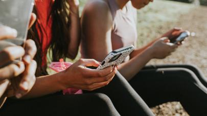 Végre kiderült: ez a magyarok kedvenc okostelefonja, lenyomta Huawei-t és Xiaomit is